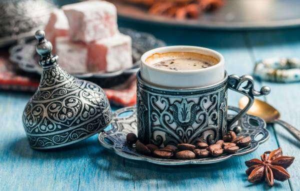 أكواب قهوة تركية